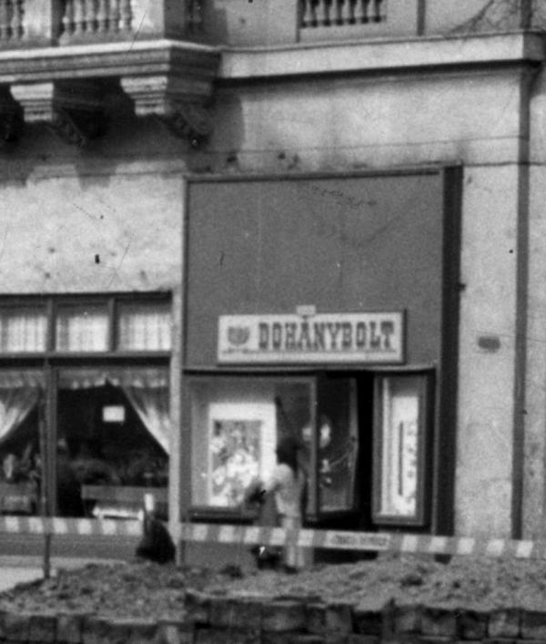 Budapest, Oktogon 3. - Dohánybolt