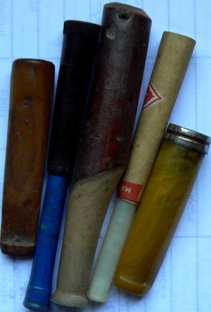 5 db régi cigarettaszipka