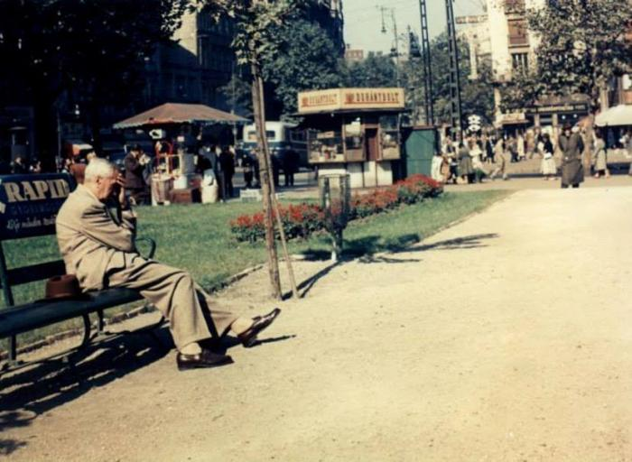 Budapest, Astoria - Dohánybolt 1.